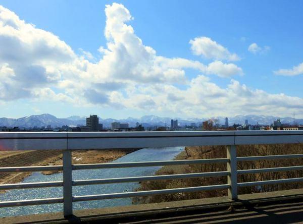 toyoiragawa.jpg